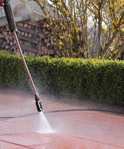 Concrete Cleaning / Patio Cleaning